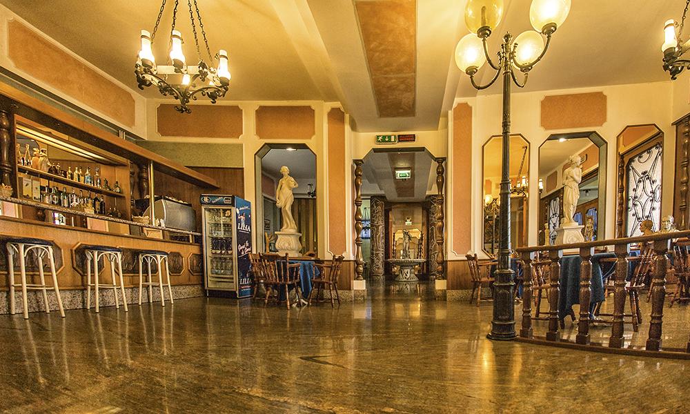 Hall Tourist Hotel